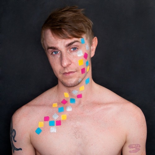hip to be square model: Bryan Mitchell  used Kryolan and Sugarpill products.
