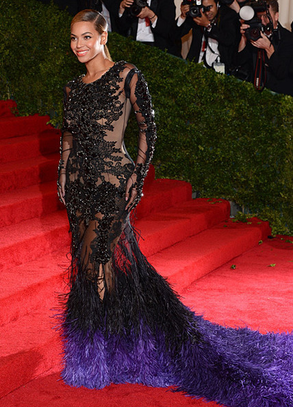 fashionweeksreview:  Beyonce at 2012 Costume Institute Gala dress by Givenchy