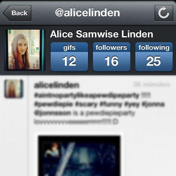 "FOLLOW ME ON GIFBOOM !!!!!! I'll follow and like 20 of your picture if you comment below ""Done""        (I'll dubblecheck if you followed;)) (Taken with instagram)"