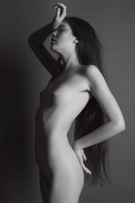(via 'With No Limits' | Nudes Of Alma Helgesson By Karolina Krupa For Violence Awareness In The Congo | May 2012 « The Libertine)