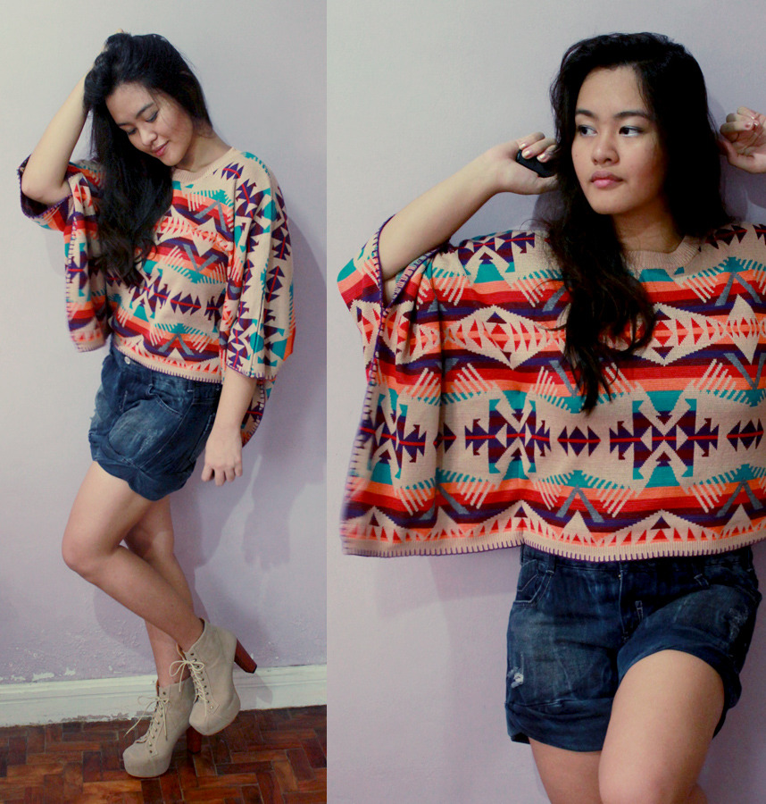 Aztec Sweater: SheInside | Bershka Denim Shorts | JC Inspired Lita: Asianvogue I never thought that this aztec sweater would be perfect for the rainy/cold weather we had these past few days. It wasn't really hot as I was expected it to be. It was comfortable. And I just matched it with denim shorts, then paired it with platforms. Hype it here