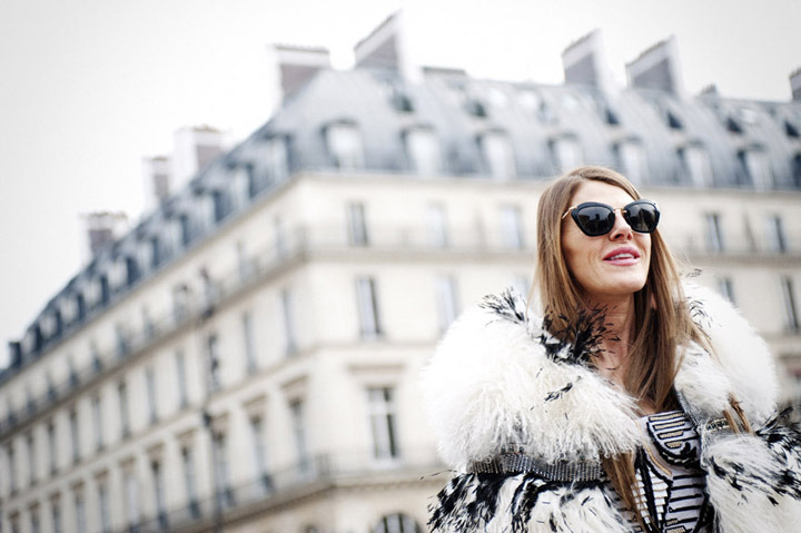 Anna Dello Russo outside Louis Vuitton