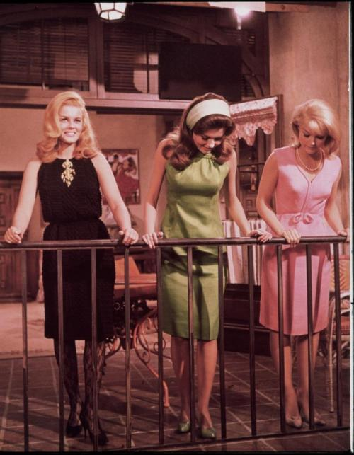 Ann-Margret, Pamela Tiffin, and Carol Lynley in The Pleasure Seekers, 1964.