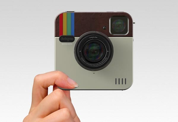 weandthecolor:  Instagram Socialmatic Camera. Look at this creative camera concept. ADR-Studio created this Instagram Camera Concept in the typical app design, with Apple technology and the functionality of a polaroid camera. The camer has a memory of 16 GB, Wifi and Bluetooth, a 4:3 Touchscreen, 2 lenses, optical zoom, webcam applications and QR code capturing, an internal printer, paper cartridge with Instagram paper, LED flash, and many more… source: blog.thaeger.com via: WE AND THE COLORFacebook // Twitter // Google+ // Pinterest