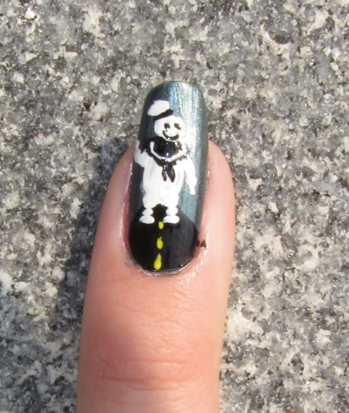 9/3/11 - Giant movie monster nails for the first week of college: Stay-puffed marshmallow man from Ghostbusters!