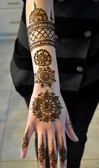 hennafanatic:   Mehndi By HennaCraze