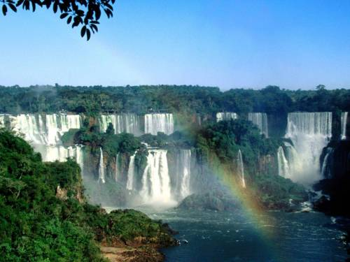 Iguazu Falls. Someday. Follow here! http://www.toccodisole.tumblr.com :)