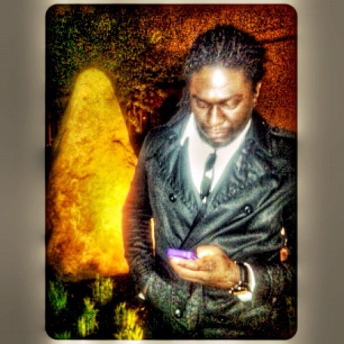 Live for these nights.. #old #faded #purple #iphone #huge #rock #black  (Taken with instagram)