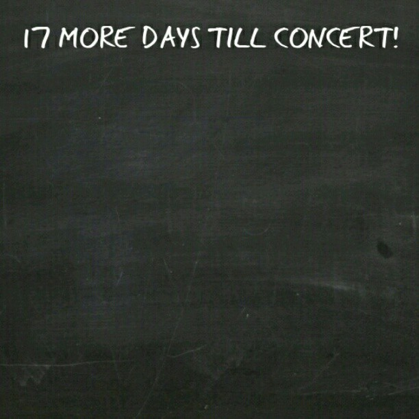 :D #hypersquad #hype #concert #dance #excited #InsideTheBox (Taken with instagram)