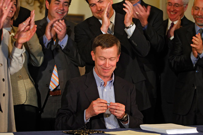 Gov. Hickenlooper to call special session after failed Colorado civil-union bill Gov. John Hickenlooper plans to call a special session to deal with civil-unions and other bills killed in the aftermath of a night-long power struggle between Republicans and Democrats on the House floor late Tuesday.