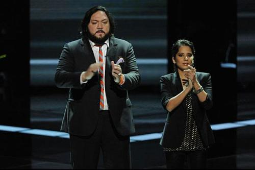 ganar-tu-amor:  Nakia and Vicci Martinez at NBC The Voice.  Someone really needs to make some animated gifs of season 1 with me and Vicci and Bev!