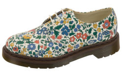 obsessee:  Doc Martens x Liberty London - need!