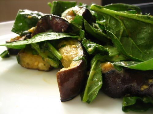 beautifulpicturesofhealthyfood:  Spinach and eggplant salad with miso dressing…RECIPE