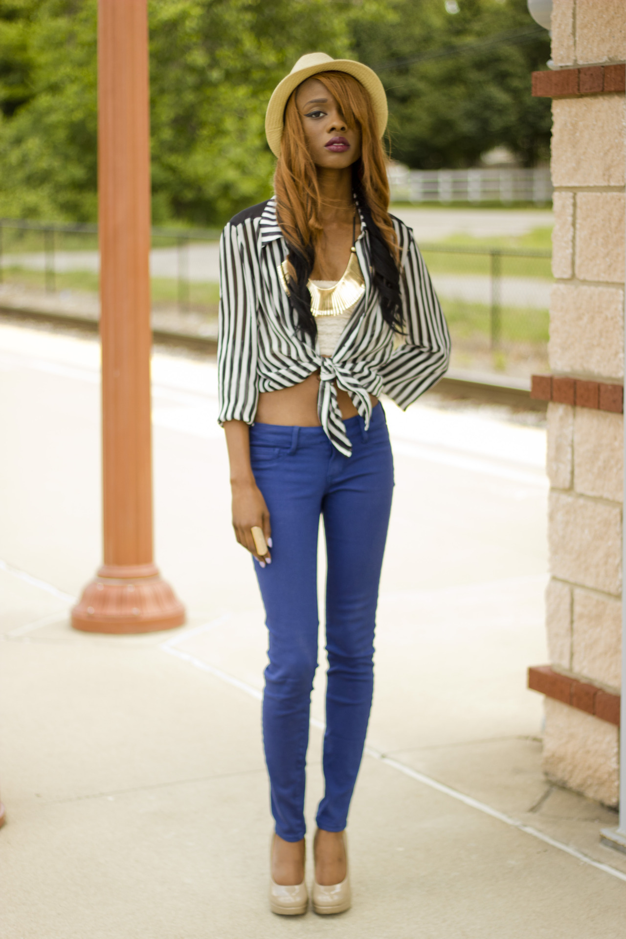 http://vinylreligion.tumblr.com http://lookbook.nu/look/3454737-blue-jeans-striped-shirt