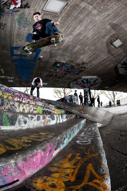 My boy Jake Watt killing SouthBank switch stance.