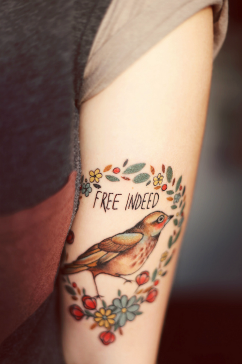 simplici-tea:  So pretty.   I love this tattoo.  I adore it.  Yep that is all.