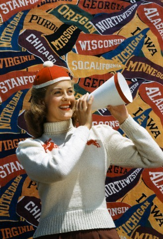 forties-fifties-sixties-love:  Showing some school spirit, 1940s  Wahoowa!