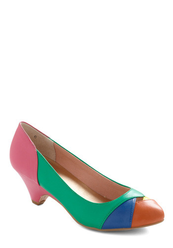 Snag the Walk of Ages Heel in Green while they're still around!