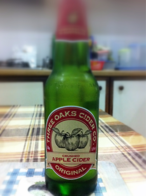 Three Oaks crushed apple cider Alc. 5.5%  Refreshing end to a day! Tasted more like sparkling apple juice thou.