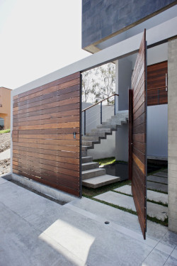 gregmelander:     PH3 HOUSE    A nice door entry and house by T38 studio. enochliew
