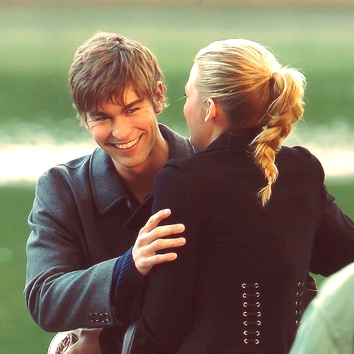 10/100 photos of Nate & Serena