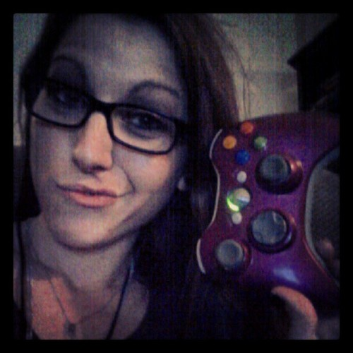 Sxbox. #selfportrait #xbox #gearsofwar #cod #gamer #truelife #gamergirl #360 #beastmode (Taken with instagram)