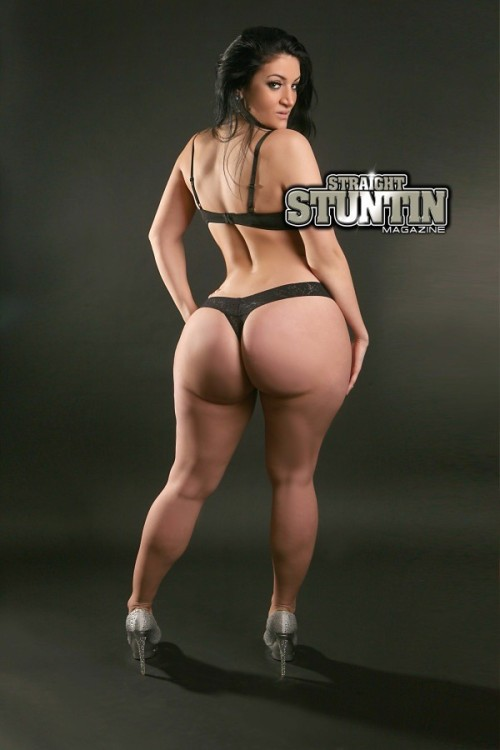 phatbootycuties:  Rosee Divine - straight stuntin magazine issue #22