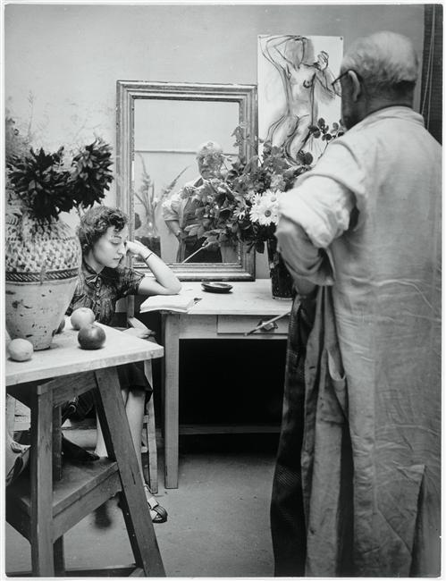 "Henri Matisse in his studio, villa des Plantes, Paris; working on ""Nude with reading light"", 1939.   Photo by Gyula Halasz"