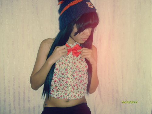 dopest-shii:  add and sub facebook ;* follow tumblr ;*