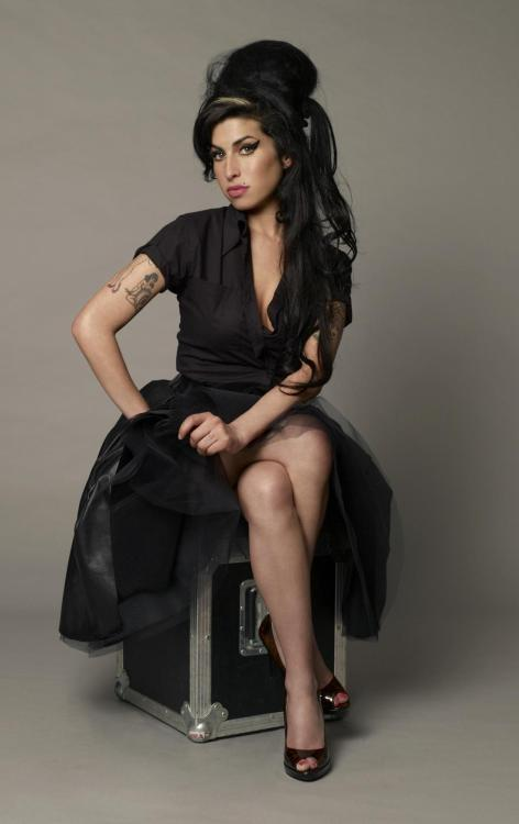 Amy Winehouse photoshoot by Jason Bell 2007
