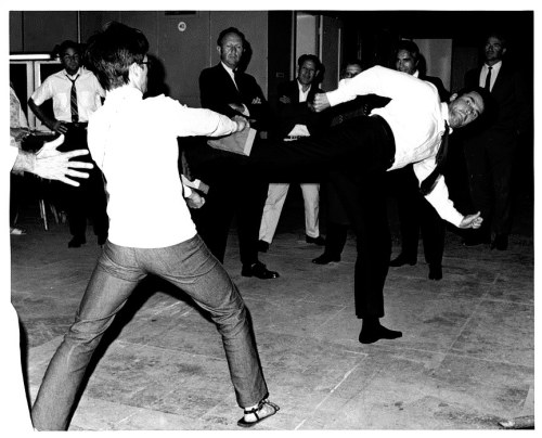 "BRUCE LEE TEACHES JAMES GARNER SOME MARTIAL ARTS FOR ""MARLOWE"""