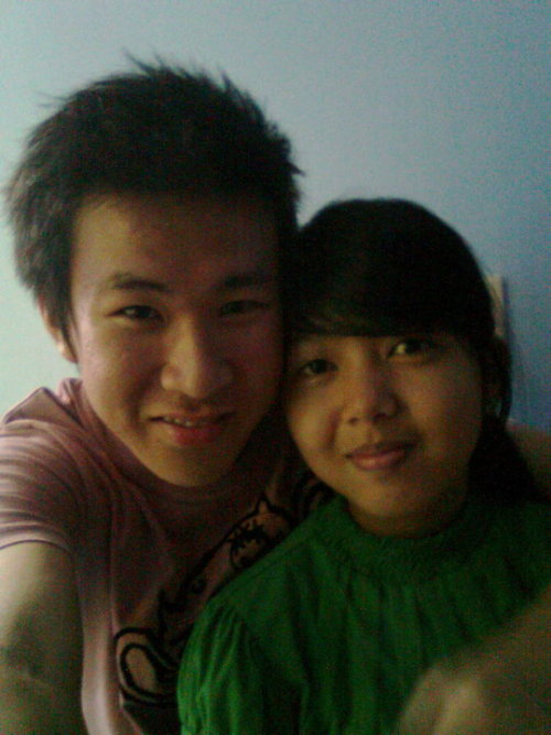 thinkofareeya:  First picture together! Happy 19th monthsary Chinchan. You are my everything. You make me feel like the luckiest woman in the world. You are on my mind every second, every minute, every hour, every day and every single time I blink. Every moment I spend with you, the world seems so perfect. You're just an awesome boyfie. I love you to infinity and beyond!:*♥ Wala ng magiging perfectong girlfriend kung hindi IKAW <3 I feel so loved knowing that you're my girlfriend. Happy Monthsary sayo Chinchan! :-*