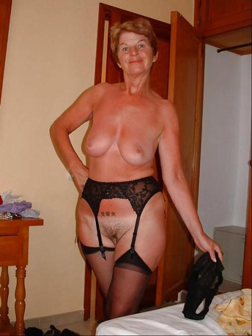 Beautiful mature granny porn