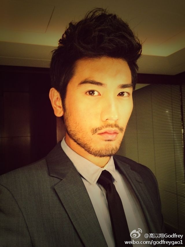 taiwanesefanatic:  And I continue to say… Godfrey is GOD!!! *U*