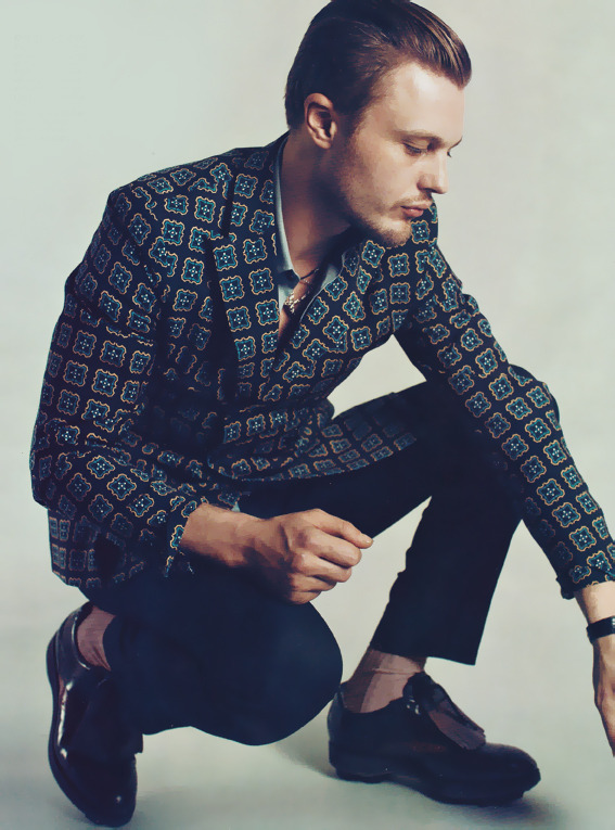 acollectionofwellbehavedbeards:  michael pitt (via Z Fashion Blog)
