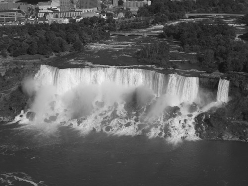 American Falls From Skylon Observation Deck by railynnelson on Flickr.