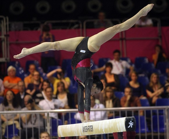 iloveleotards:  Catalina Ponor   Photo credit: Yves Logghe/Associated Press