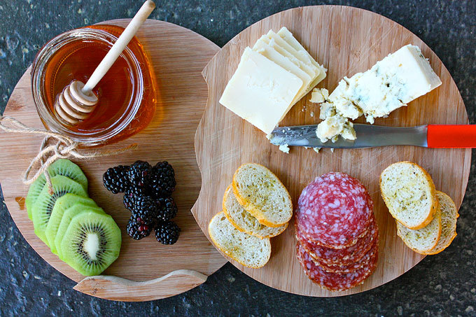 wisconsincheese:  A front porch pairing inspired by Cheese Cupid. (via Wisconsin Cheese Talk)