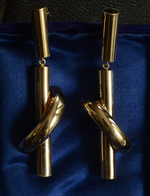 eriebasin:  Large Vintage Modernist Drop Earrings, 14K, $1075 I don't usually buy stuff of this era and styling, but these were too amazing to pass up.  For as modern and minimal as they are, there's some a little Victorian about them.