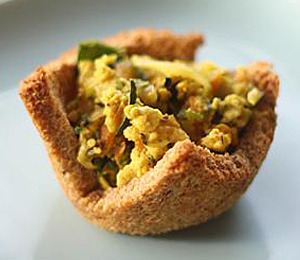 findvegan:  Toast Cups with Tofu Scramble and Spring Vegetables