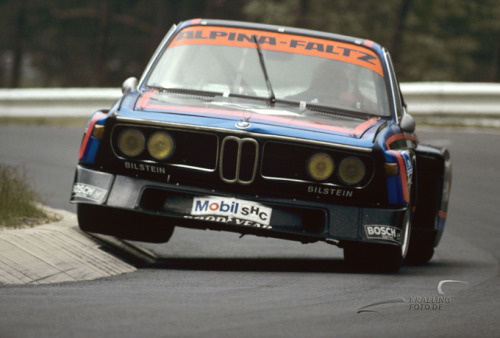 gearheadsandmonkeywrenches:  hitting the apex BMW 3.5 CSL E9 carmonday: