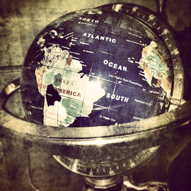 A random photo #thursdayday2 #random #snapseed #globe (Taken with instagram)