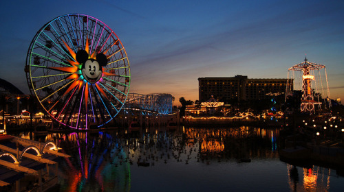 Sunset over Paradise Pier on Flickr.