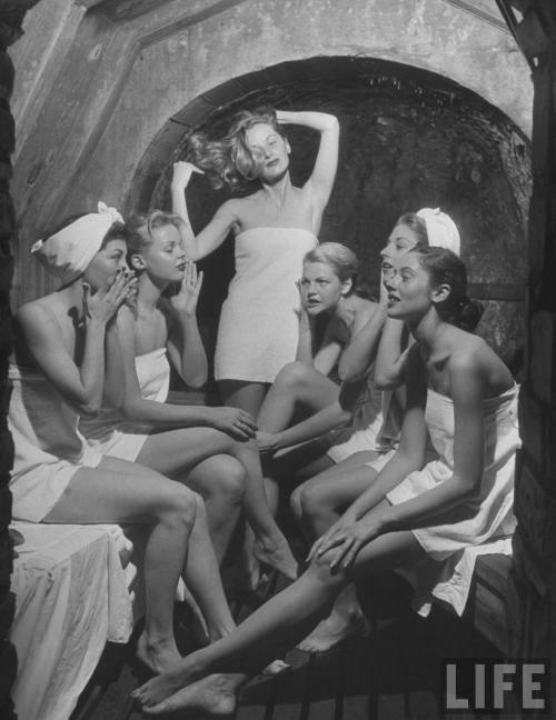 Models in a steam cave, 1948