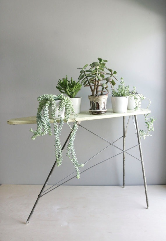 sfgirlbybay:  (via 5 Quick Fixes: Vintage Ironing Boards as Decor Remodelista)