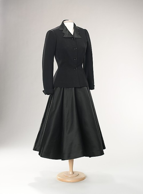 Suit Mainbocher, 1947 The Metropolitan Museum of Art