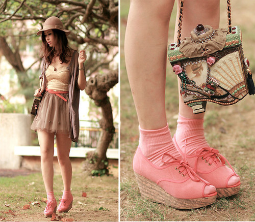 Follow this fashion blog for more! 100% regret-free! :)