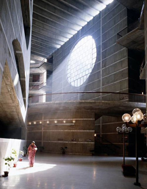 paris-for-breakfast-baby:  Louis Kahn National Assembly