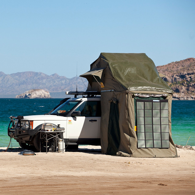#Landrover Convenience - Keep Defending  gsaw:  T-Top Roof Tent by Eezi-Awn