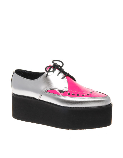 Underground Exclusive Metallic and Pink Triple Sole Pointed CreepersMore photos & another fashion brands: bit.ly/JhdPoz